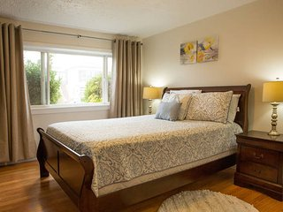 Cozy Room + Rental Vehicle Deals - Daly City vacation rentals