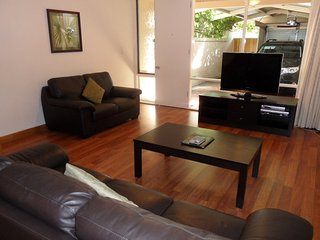 Adelaide Serviced Accommodation - Archer Townhouse - Adelaide vacation rentals