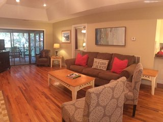 Pets Ok, Bikes Included & Walking Distance from Beach & Pool - Kiawah Island vacation rentals