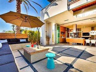 Award winning modern, open, 4 bedroom house, Short walk to beach & village! - La Jolla vacation rentals