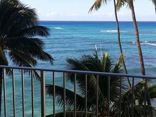 Waikiki Oceanfront Condo - 2 Bedroom / Magnificent Views - Honolulu vacation rentals