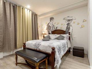 OTIUM 301 - Split vacation rentals