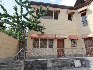 Yerevan Guest House - Yerevan vacation rentals