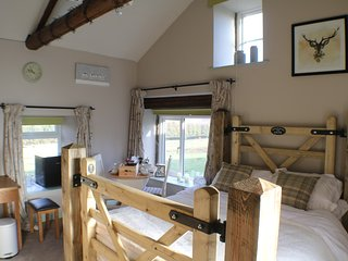 Breaks Fold Farm The Old Peat House - Summerbridge vacation rentals