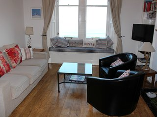 2016 Excellence Award  - Puffin's Lookout & Palace - North Berwick vacation rentals