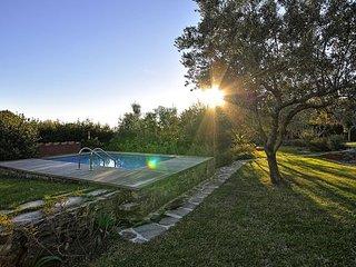 Beautiful 2 bedroom Villa in Montemarcello - Montemarcello vacation rentals