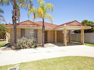 Perren Place - East Cannington - Wattle Grove vacation rentals