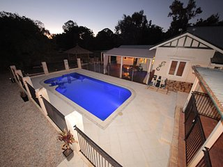 Comfortable 5 bedroom House in Wattle Grove - Wattle Grove vacation rentals