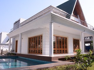 2 bedroom Bungalow with Internet Access in Khopoli - Khopoli vacation rentals