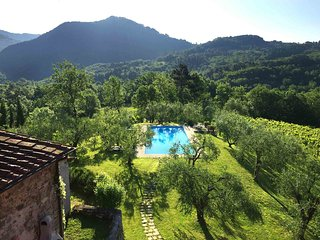 4 bedroom House with Internet Access in Gugliano - Gugliano vacation rentals