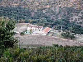 Bright 7 bedroom Cumbres de San Bartolome Finca with Television - Cumbres de San Bartolome vacation rentals