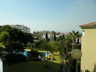 C3H Royal Golf 3 bed 2 bath apartment in heart of Miraflores Golf Course - La Cala de Mijas vacation rentals