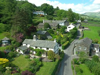 Townfoot Farmhouse, Troutbeck. Dog-friendly. - Windermere vacation rentals