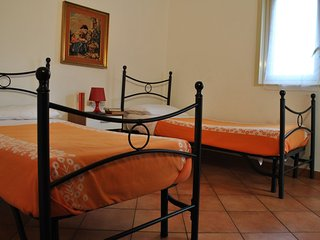 1 bedroom House with Internet Access in Pedara - Pedara vacation rentals