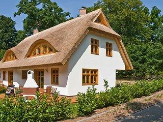 Urlaub im schönsten Ferienhaus Sellins-3 Gehminuten zum  Strand-ruhige Lage - Sellin vacation rentals