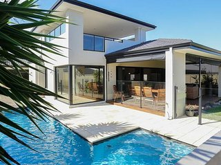 Holiday by the Beach, with Breakfast - Burns Beach vacation rentals