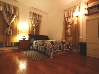 Cozy Apartment for Cozy Dreams - Jackson Heights vacation rentals