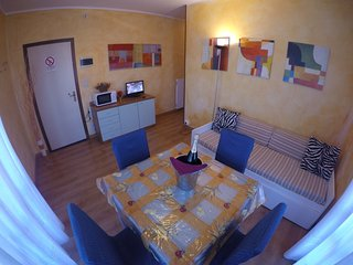 Easy Apartments Peschiera - T4C5 - Peschiera del Garda vacation rentals