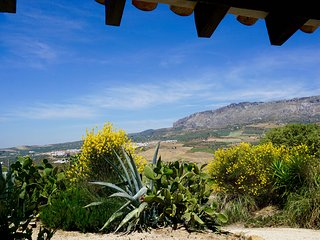 Beautiful cottage on Spanish cortijo - Villanueva de la Concepcion vacation rentals