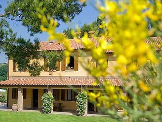 Relax in collina, a due passi dal mare - Fano vacation rentals