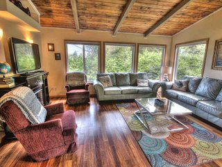 Ocean View Home Just Steps to a Sandy Beach! FREE NIGHT! - Yachats vacation rentals