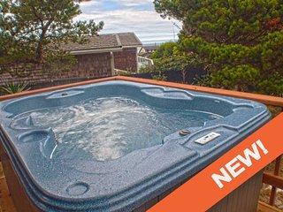 Short Walk To A Sandy Beach! Hot tub! Ocean View Deck! Free Night! - Waldport vacation rentals