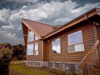 Ocean Front Home on a Sandy Beach! FREE NIGHT! - Yachats vacation rentals