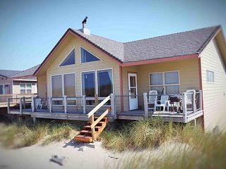 Oceanfront Home with Sandy Beach Right Out Your Door!  FREE NIGHT! - Waldport vacation rentals