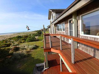 Ocean Front Home on a Sandy Beach Sleeps up to 18! - Waldport vacation rentals