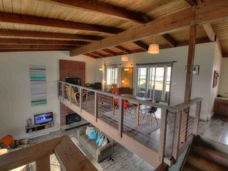 The Pacific Chart House Sits Right on a Sandy Beach! FREE NIGHT! - Waldport vacation rentals
