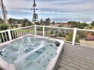 Sea Star Cottage Ocean Views! Hot Tub! - Yachats vacation rentals