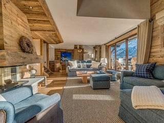 Spacious 4 bedroom Villa in Val d'Isère with Internet Access - Val d'Isère vacation rentals
