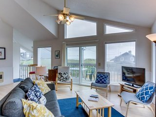 Elegant dog-friendly home on quiet dead-end street w/ocean views! - Manzanita vacation rentals