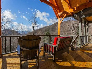 3 bedroom 31/2 bath brand- new construction Craftsman style home in Montreat! - Montreat vacation rentals