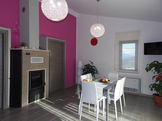 Appartamento luminoso, elegante con i confort di una suite - Tusa vacation rentals