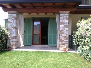 Franciacorta Iseo Lake  Independent charming apartment - Provaglio d'Iseo vacation rentals