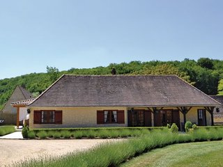 2 bedroom Villa in St. Andre d Allas, Dordogne, France : ref 2184342 - Saint-Andre-d'Allas vacation rentals