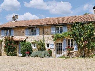 4 bedroom Villa in La Chapelle Faucher, Dordogne, France : ref 2185382 - La Chapelle-Faucher vacation rentals