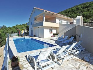 4 bedroom Villa in Makarska-Zavojane, Makarska, Croatia : ref 2219356 - Drvenik vacation rentals