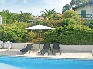 3 bedroom Villa in Ustaritz, Pyrenees Atlantiques, France : ref 2220414 - Ustaritz vacation rentals