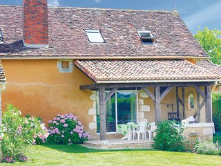 4 bedroom Villa in Villamblard, Dordogne, France : ref 2221465 - Villamblard vacation rentals
