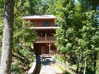 Authentic Log Cabin with Charming Decor, near New River ~ RA136436 - Boone vacation rentals