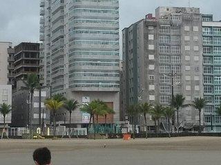 Cozy 2 bedroom Condo in Praia Grande - Praia Grande vacation rentals