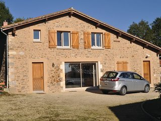 4 bedroom Villa in Mouzon, Charente, France : ref 2279134 - Lesignac-Durand vacation rentals