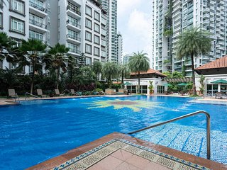 Nice Two Bedroom Apartment at Robertson - Singapore vacation rentals