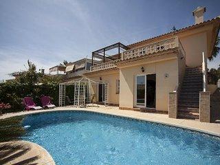 4 bedroom Villa in Altea, Alicante, Costa Blanca, Spain : ref 2288823 - Altea vacation rentals