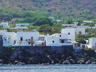 2 bedroom Villa in Stromboli, Aeolian Island north of Sicily, Italy : ref - Stromboli vacation rentals