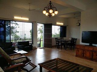 Panchgani Greens - 2 Bedrooms with private lawns - Panchgani vacation rentals