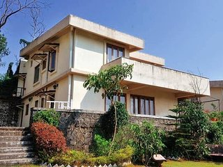 10-A Mist View, 4BHK, with a garden - Lonavla vacation rentals