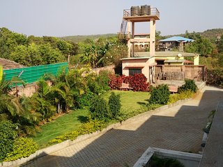 Luxurious 2 BHK Bungalow for 8 - Mahabaleshwar vacation rentals
